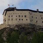 タラスプ城を下から見上げる