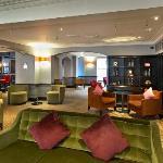 Berry Bar & Lounge