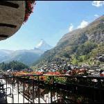 Aussicht vom Balkon aufs Matterhorn