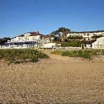 Beach House Grill and Main Inn