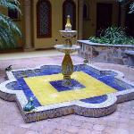 Fuente del patio interior del pabellon G