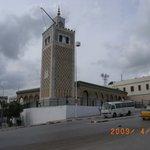 砂岩作りのカスバモスク