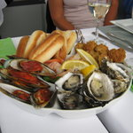 Here is that yummy seafood platter