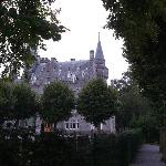 chateau opposite