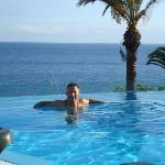 La piscina fronte oceano!