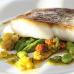 Hake with asparagus, chorizo and mussel