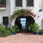 Entrance to Turtle Nest Inn