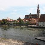 Regensburg - Blick von der steinernen Brücke