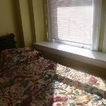 Bed 1 and Window
