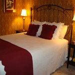 Lester Room Bedroom