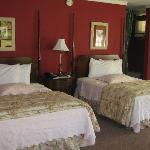 De lux room with two double beds