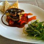 Escalope de Foie Gras et fraises guariguettes caramélisées