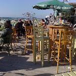 Strandbar (200 m entfernt)