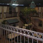 l'interno dell'hotel dove davano le finestre