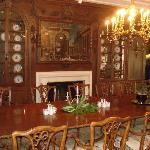 dining room at mansion