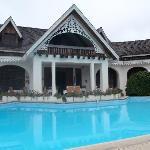 Le Vieux Cep et sa piscine