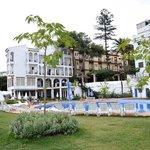 Hotel Andalucía, piscina y edificio