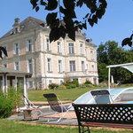 Château de La Haye, parc et piscine
