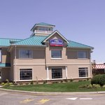 Howard Johnson Hotel by Wyndham Toms River