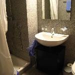 Modern bathroom in Studio M