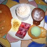 Assiette de desserts pour les gourmands