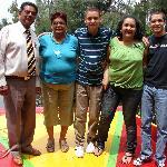 MI FAMILIA CON EL SR. RAUL, NUESTRO GUIA
