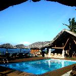 Restaurant & Pool