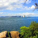 沙弥島(しゃみじま)先端部からの景色