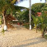Photo de Denny's Beach Resort Hotel