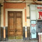 Entrance to the Hotel Maikol