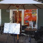 Espresso Italiano's outdoor seating.