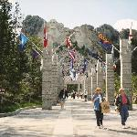 Walking towards Mt Rushmore