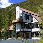 The Austing Haus - Taos Ski Valley B&B
