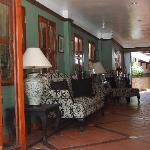 Lobby/breakfast lounge
