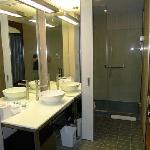ALOFT Bathroom (clean and modern )