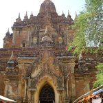 タビィニュ寺院
