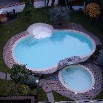 Vista dal terrazzo sulla piscina