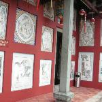 Drawings on the wall of the temple.