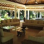 Jiwa Damai Balli Lounge