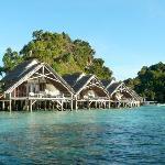 Water-Cottages des Misool Eco Resort …