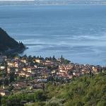 Ausblick vom Balkon auf Garda