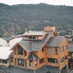 Vista desde el hotel a las montañas-