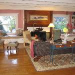 Bufflehead Cove living room