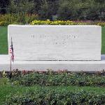 FDR and Eleanor grave