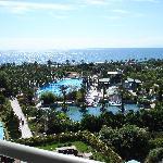 vue mer de la chambre côté piscine