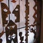 Copper-art window, Hôtel Cosmopolite