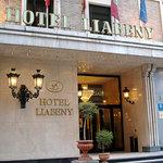 โรงแรมเลียเบนี่