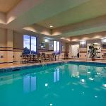 Holiday Inn Express and Suites Huntsville Ontario Canada Pool and Fitness Center