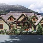 Alpine Chalet Summer pic