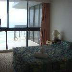 Bedroom 2 with seaview